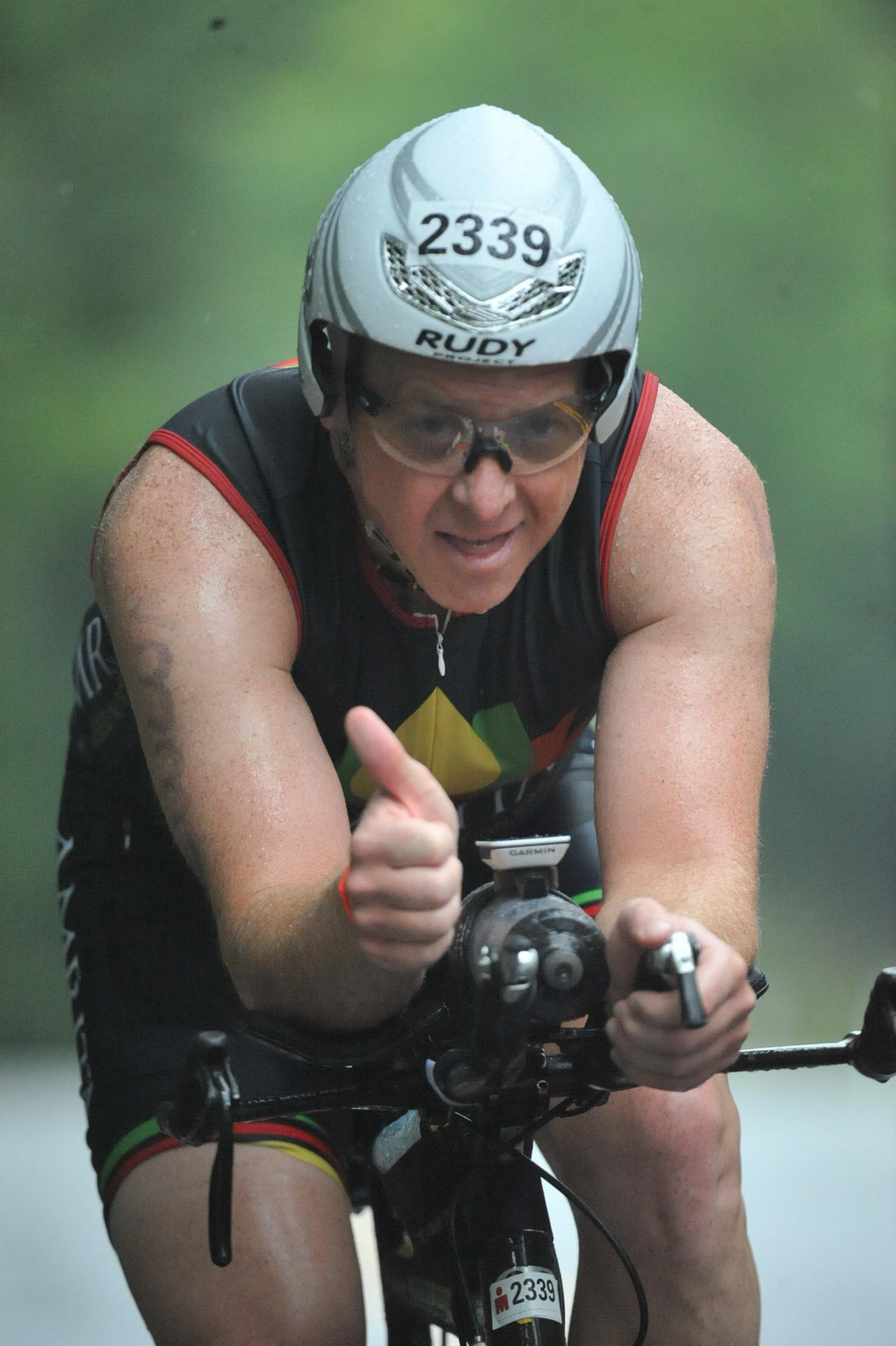 Ironman Mont-Tremblant 2016 - Bike thumbs up!!